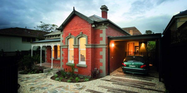 Home with exterior mouldings
